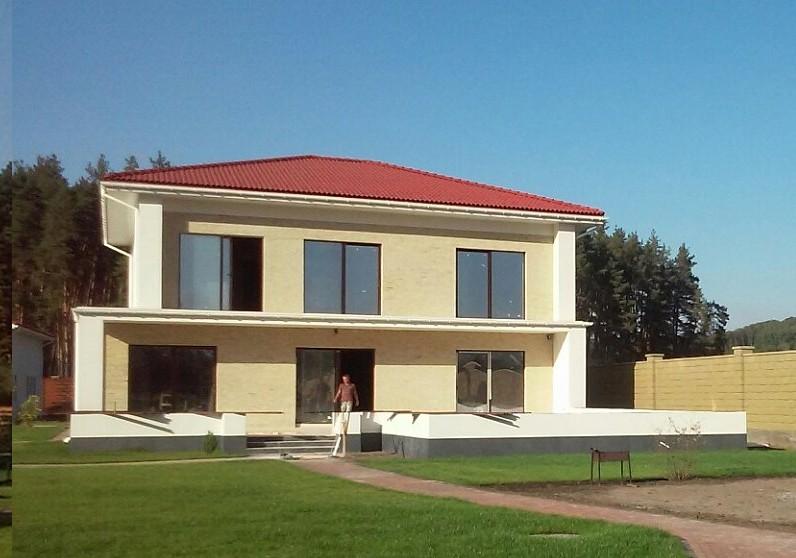 Двухэтажный дом из керамического блока 180м